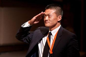 Dan Choi salutes Sen. Harry Reid at NN10